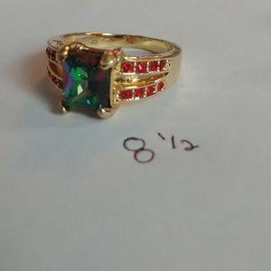 Red gem gold ring